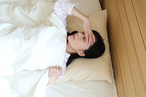 貴重な睡眠時間を守る! 夜の花粉症対策術3つ