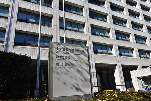 公的病院の運営母体は公的機関