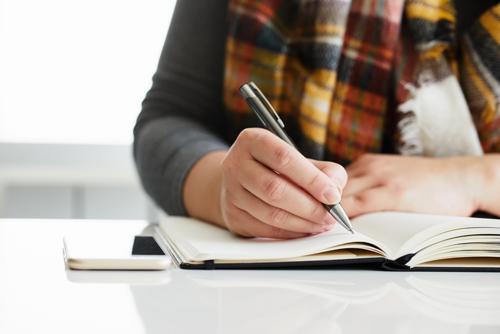ストレスが多い女医におすすめ! 「三行日記」の効果と書き方について